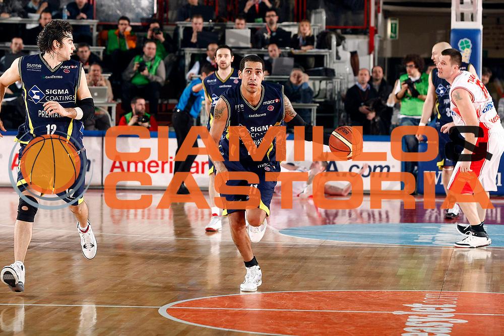 DESCRIZIONE : Varese Lega A 2009-10 Cimberio Varese Sigma Coatings Montegranaro<br /> GIOCATORE : Marcus De Sousa Marquinhos<br /> SQUADRA : Sigma Coatings Montegranaro<br /> EVENTO : Campionato Lega A 2009-2010 <br /> GARA : Cimberio Varese Sigma Coatings Montegranaro<br /> DATA : 28/02/2010<br /> CATEGORIA : Palleggio<br /> SPORT : Pallacanestro <br /> AUTORE : Agenzia Ciamillo-Castoria/G.Cottini<br /> Galleria : Lega Basket A 2009-2010 <br /> Fotonotizia : Varese Campionato Italiano Lega A 2009-2010 Cimberio Varese Sigma Coatings Montegranaro<br /> Predefinita :