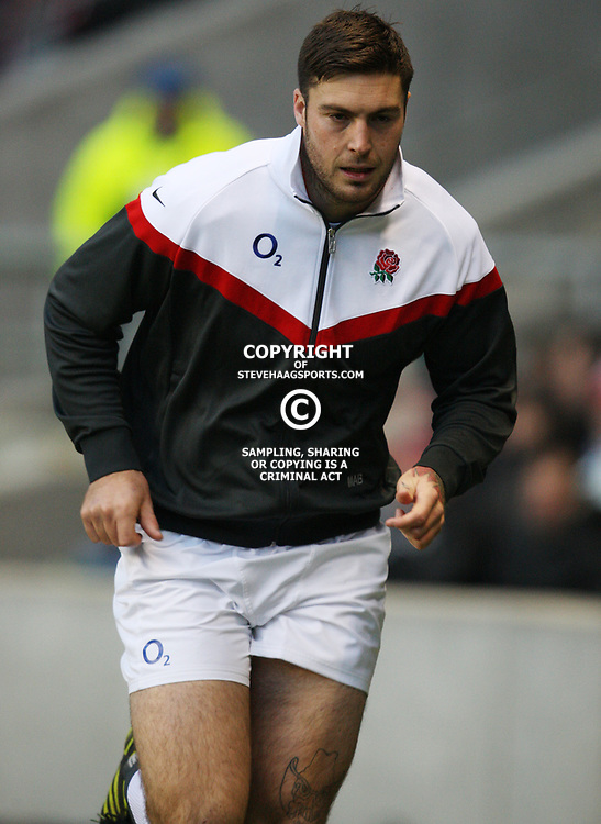 LONDON, ENGLAND - NOVEMBER 27,Matt Banahan  during the End of Year tour match between England and South Africa at Twickenham Stadium on November 27, 2010 in London, England<br /> Photo by Steve Haag / Gallo Images