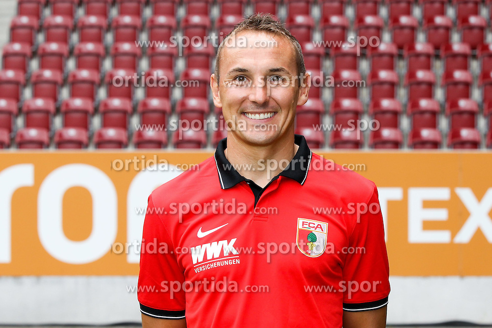 08.07.2015, WWK Arena, Augsburg, GER, 1. FBL, FC Augsburg, Fototermin, im Bild Co-Trainer Tobias Zellner (FC Augsburg) // during the official Team and Portrait Photoshoot of German Bundesliga Club FC Augsburg at the WWK Arena in Augsburg, Germany on 2015/07/08. EXPA Pictures &copy; 2015, PhotoCredit: EXPA/ Eibner-Pressefoto/ Kolbert<br /> <br /> *****ATTENTION - OUT of GER*****
