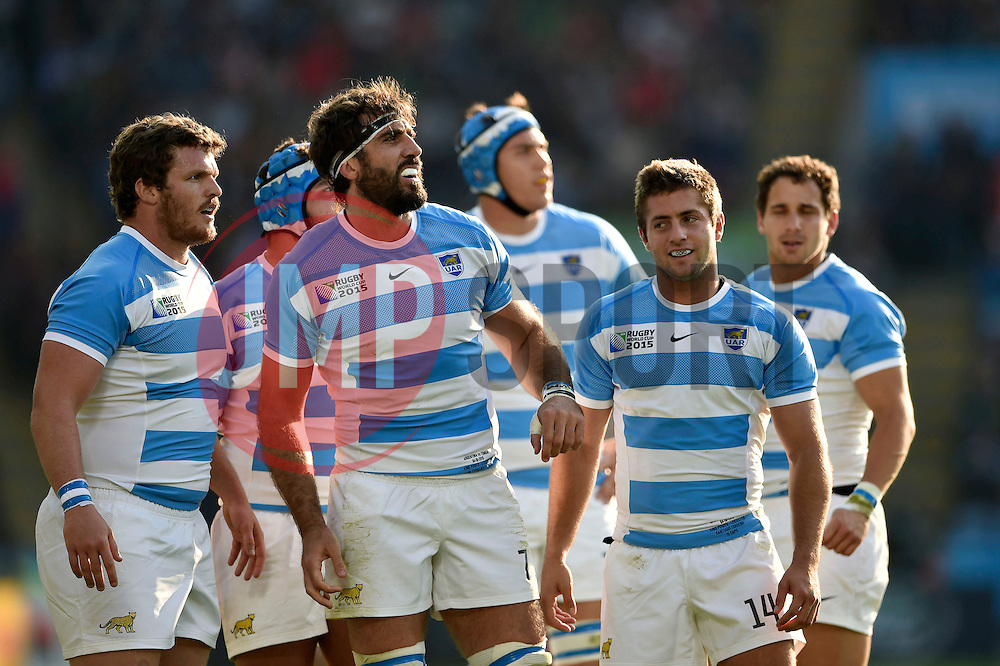 Juan Martin Fernandez Lobbe and other Argentina players look on - Mandatory byline: Patrick Khachfe/JMP - 07966 386802 - 04/10/2015 - RUGBY UNION - Leicester City Stadium - Leicester, England - Argentina v Tonga - Rugby World Cup 2015 Pool C.
