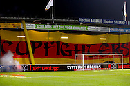 27-10-2015 VOETBAL: GO AHEAD EAGLES-WILLEM II:DEVENTER<br /> KNVB Beker<br /> Cupfighters banner van supporters sfeer<br /> <br /> Foto: Geert van Erven