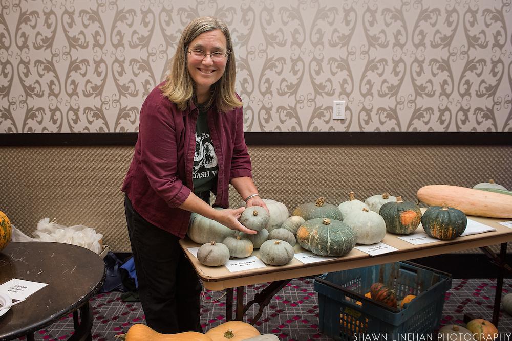 WINTER SQUASH, Cucurbita spp. Researcher: Alex Stone, Oregon State University