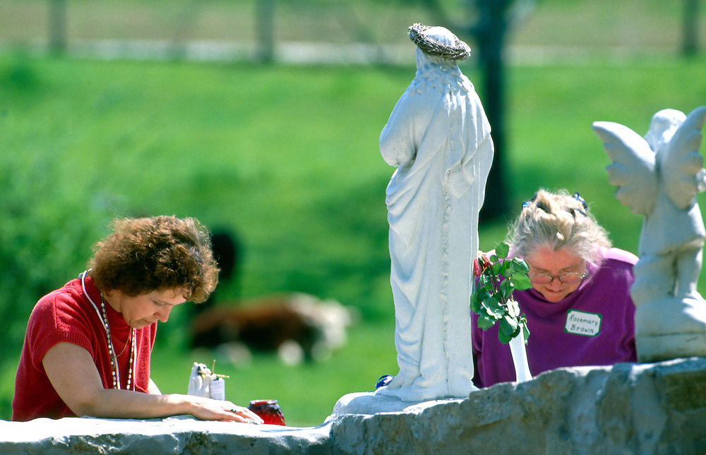 """Pilgrims from around the world arrive at the Fowler farm to witness """"miracle"""" readings and sightings from The Virgin Mary. <br /> From October 13, 1990, through October 13, 1998, Conyers, Georgia housewife Nancy Fowler claimed that the Virgin Mary appeared to her and relayed messages to all citizens of the United States. The messages ranged from admonitions to prayers to warnings of war. The Virgin's supposed visits to Conyers, a suburban community about thirty miles east of Atlanta, make Conyers one of the longest-lived Marian apparition sites in the nation.<br /> In the early 1990s the roads to Conyers were clogged with pilgrims yearning to hear Mary's message. They came from every direction, but most were from heavily Hispanic southern Florida. They headed toward a large field adjacent to Fowler's home. Once there, they prayed on Mary's Holy Hill, filled bottles with water from the Blessed Well, or visited the small bookstore on the property.<br /> At midday the pilgrims moved toward Fowler's farmhouse. Inside, Fowler waited for a message from the Virgin Mary in the Apparition Room; outside, members of Our Loving Mother's Children, the volunteer group that organized the Conyers gatherings, led the crowd in song and in prayer. The pilgrims prayed in their native tongues, including English, Spanish, Russian, and Chinese. When Mary's message was broadcast over loudspeakers, the pilgrims raised their rosaries, icons, and petitions heavenward, hoping the items would be blessed by the presence of the Virgin Mary. Some claimed miracles at this site—rosaries turning to gold, the sun spinning and changing colors, and the scent of rose petals filling the air."""