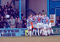 Photo: Kevin Poolman.<br />Colchester United v Bradford City. Coca Cola League 1. 04/02/2006. <br />Colchester celebrate.