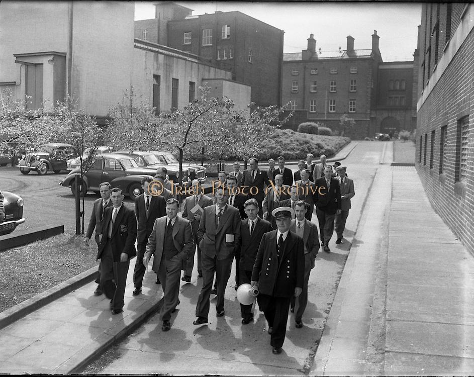 British Railways Crew and National Crew Board visit Guinness .17/05/1958 .