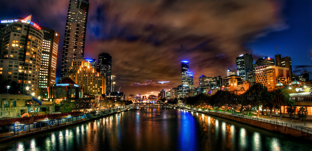 The Yarra River from Princess Bridge. Pic By Craig Sillitoe melbourne photographers, commercial photographers, industrial photographers, corporate photographer, architectural photographers, This photograph can be used for non commercial uses with attribution. Credit: Craig Sillitoe Photography / http://www.csillitoe.com<br />