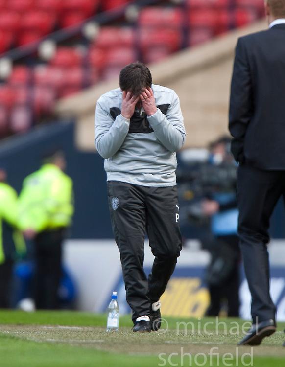 Hibernian's manager Pat Fenlon near the end of normal time..Hibernian 4 v 3 Falkirk, William Hill Scottish Cup Semi Final, Hampden Park..©Michael Schofield..