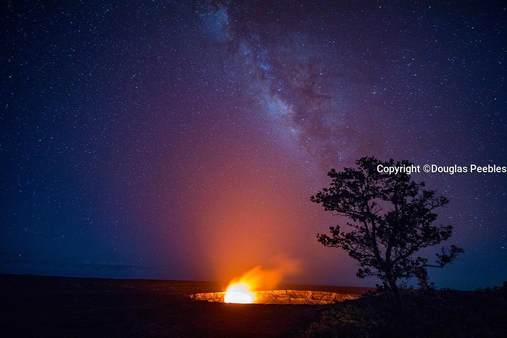 Milky Way, Halemaumau, Crater, KIlauea Volcano, Hawaii Volcanoes National Park, Island of Hawaii, Hawaii