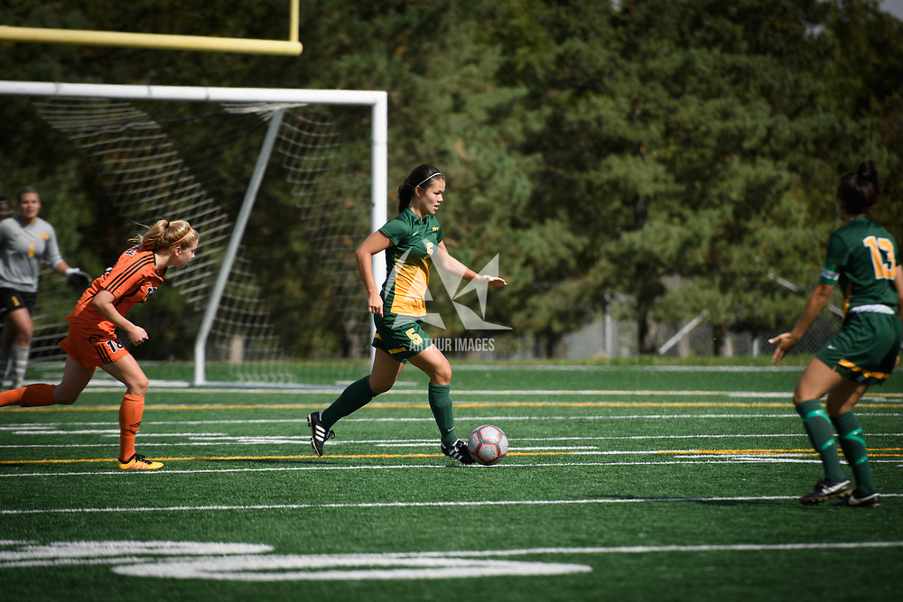 4th year defender Angela Lalonde (5) of the Regina Cougars during the Women's Soccer home game on September 17 at U of R Field. Credit: Arthur Ward/Arthur Images