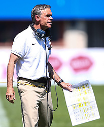 07.06.2014, Ernst Happel Stadion, Wien, AUT, American Football Europameisterschaft 2014, Spiel um Platz 3, Frankreich (FRA) vs Finnland (FIN), im Bild Larry Legault, (Team France, Head Coach) // during the American Football European Championship 2014 game for place 3 between France and Finland at the Ernst Happel Stadion, Vienna, Austria on 2014/06/07. EXPA Pictures © 2014, PhotoCredit: EXPA/ Thomas Haumer