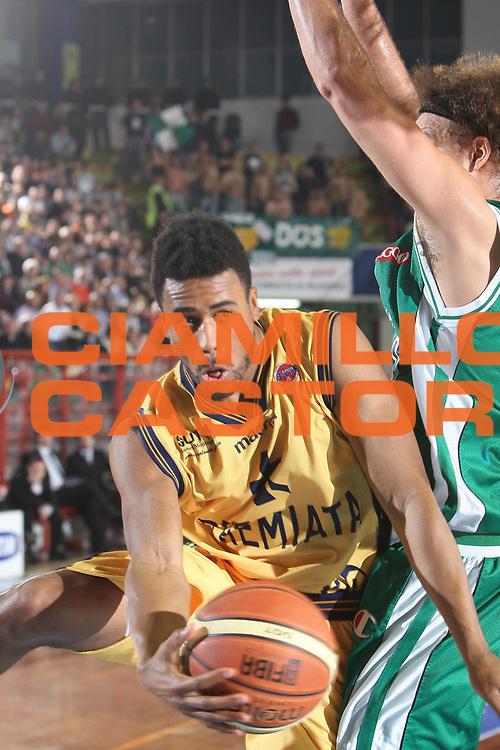 DESCRIZIONE : Porto San Giorgio Lega A 2008-09 Premiata Montegranaro Montepaschi Siena<br /> GIOCATORE : Taylor Bryce<br /> SQUADRA : Premiata Montegranaro<br /> EVENTO : Campionato Lega A 2008-2009<br /> GARA : Premiata Montegranaro Montepaschi Siena<br /> DATA : 15/03/2009<br /> CATEGORIA : <br /> SPORT : Pallacanestro<br /> AUTORE : Agenzia Ciamillo-Castoria/C.De Massis