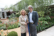 MR. AND MRS. DAMON HILL, Opening day of the Chelsea Flower Show. Royal Hospital Grounds. London. 19 May 2008 *** Local Caption *** -DO NOT ARCHIVE-© Copyright Photograph by Dafydd Jones. 248 Clapham Rd. London SW9 0PZ. Tel 0207 820 0771. www.dafjones.com.