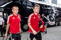 EINDHOVEN - Feyenoord - Southampton FC , Voetbal , Voorbereiding , Oefenwedstrijd , Seizoen 2015/2016 , Stadion de Kuip , 23-07-2015 , Nieuwe Southampton speler Jordy Clasie komt aan met de bus bij de Kuip