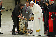 Vatican City jun 16th 2016, pope attends to a meeting with the participants in the Jubilee of the World of Travelling Shows at Paul VI audience hall . In the picture Pope Frnacis caresses a tiger cub  - © PIERPAOLO SCAVUZZO