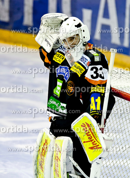 30.12.2011, Eisstadion Liebenau, Graz, AUT, EBEL, Moser Medical Graz 99ers vs EC Rekord Fenster VSV im Bild Frederic Cloutier (Moser Medical Graz 99ers, #33, Goalkeeper) // during the Erste Bank Icehockey League, Eisstadion Liebenau, Graz, Austria, 2011-12-30, EXPA Pictures © 2011, PhotoCredit: EXPA/ E. Scheriau