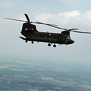 Ingebruikname en vlucht met Chinook vanaf vliegbasis Soesterberg