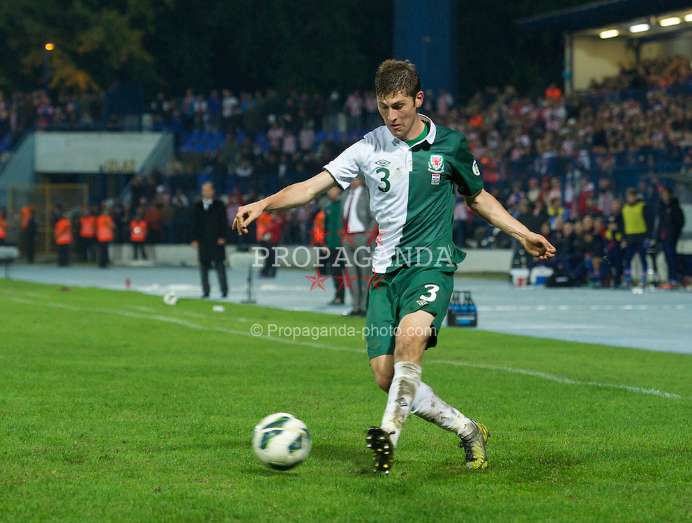 OSIJEK, CROATIA - Tuesday, October 16, 2012: Wales' Ben Davies in action against Croatia during the Brazil 2014 FIFA World Cup Qualifying Group A match at the Stadion Gradski Vrt. (Pic by David Rawcliffe/Propaganda)
