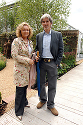 DAMON & GEORGIE HILL at the 2008 Chelsea Flower Show 19th May 2008.<br /><br />NON EXCLUSIVE - WORLD RIGHTS