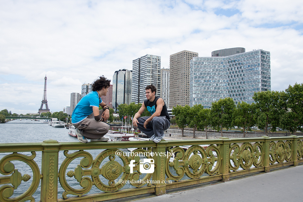 Parkour and Freerunning photoshoot in Paris, France with Simon Nogueria, 3f, French Freerunning Family, Marsu MxM and Florian Bernard.