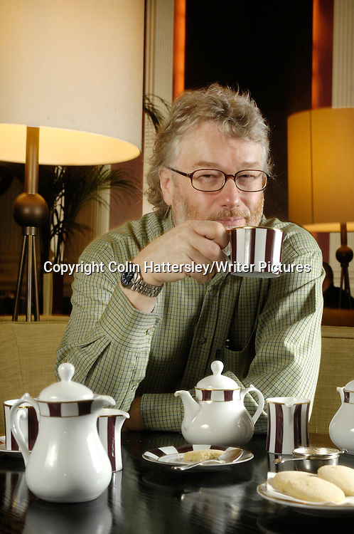 Author Iain Banks, pictured at Edinburgh's Balmoral Hotel 15/01/08<br /> <br /> copyright  Colin Hattersley/Writer Pictures<br /> contact +44 (0)20 822 41564<br /> info@writerpictures.com<br /> www.writerpictures.com