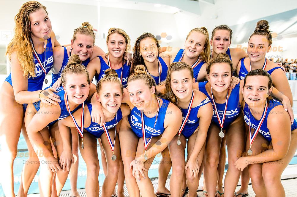 19-09-2015: waterpolo: GZC Donk v ZVL: Den Haag<br /> <br /> Team GZC Donk<br /> <br /> De finale om de supercup waarbij de landskampioen het opneemt tegen de bekerwinnaar is de officiele start van het Eredivisie waterpoloseizoen 2015-2016