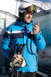 26.10.2018, Rettenbachferner, Soelden, AUT, FIS Weltcup Ski Alpin, Soelden, Training, im Bild Atle Skaardal (FIS Chef Renndirektor Weltcup Ski Alpin Damen) // Atle Skaardal Chief Race Director World Cup Ladies of FIS during a practice session prior to the FIS Ski Alpine Worldcup opening at the Rettenbachferner in Soelden, Austria on 2018/10/26. EXPA Pictures © 2018, PhotoCredit: EXPA/ Johann Groder
