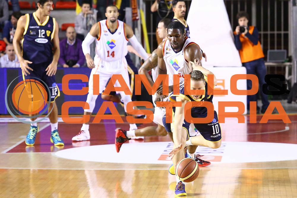 DESCRIZIONE : Roma Campionato Lega A 2013-14 Acea Virtus Roma Sutor Montegranaro<br /> GIOCATORE : Lauwers Dimitri <br /> CATEGORIA : equilibrio controcampo<br /> SQUADRA : Sutor Montegranaro<br /> EVENTO : Campionato Lega A 2013-2014<br /> GARA : Acea Virtus Roma Sutor Montegranaro<br /> DATA : 18/01/2014<br /> SPORT : Pallacanestro<br /> AUTORE : Agenzia Ciamillo-Castoria/M.Simoni<br /> Galleria : Lega Basket A 2013-2014<br /> Fotonotizia : Roma Campionato Lega A 2013-14 Acea Virtus Roma Sutor Montegranaro<br /> Predefinita :