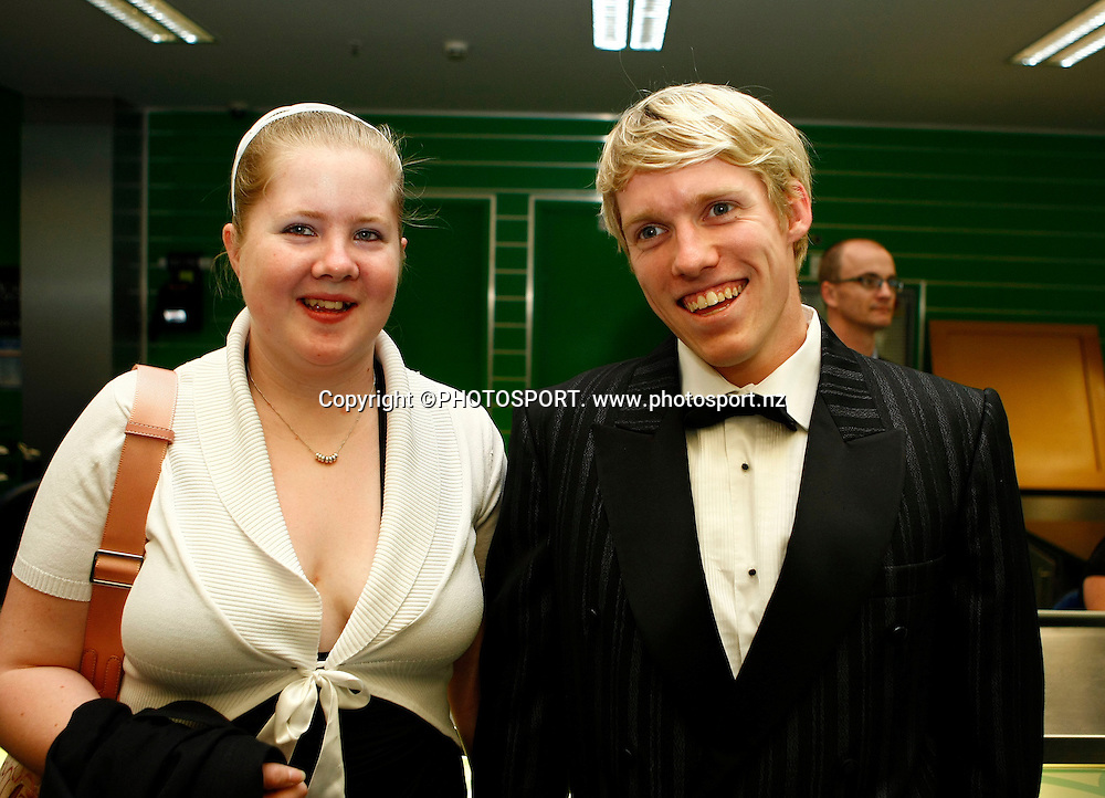 Paralympian Daniel Sharp (R) and partner. The Unitec Waitakere Sporting Excellence Awards & Dinner 2008. Trusts Stadium, Waitakere, Auckland, New Zealand.14 November 2008. Photo: Simon Watts/PHOTOSPORT