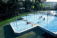 Piscina com águas termais nas Termas de Piratuba. Piratuba, Santa Catarina, Brasil. / Thermal water swimming pool at Termas de Piratuba. Piratuba, Santa Catarina, Brazil.