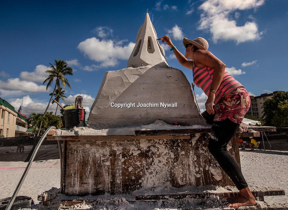 20151120 Fort Myers Beach<br /> Florida USA<br /> Amerikanska m&auml;sterskapen i Sandskulpturer<br /> <br /> FOTO : JOACHIM NYWALL KOD 0708840825_1<br /> COPYRIGHT JOACHIM NYWALL<br /> <br /> ***BETALBILD***<br /> Redovisas till <br /> NYWALL MEDIA AB<br /> Strandgatan 30<br /> 461 31 Trollh&auml;ttan<br /> Prislista enl BLF , om inget annat avtalas.