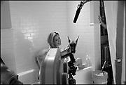 "Tea Leoni on the set of ""Ghost Town"" (Dir: David Koepp, 2008)"