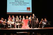 Mannheim. 19.09.17 | SPD-Kanzlerkandidat Martin Schulz im Capitol Mannheim.<br /> Im Wahlkampf zur Bundestagswahl unterstützt Kanzlerkandidat Martin Schulz Mannheims SPD Bundestagsabgeordneter Stefan Rebmann.<br /> <br /> <br /> BILD- ID 2367 |<br /> Bild: Markus Prosswitz 19SEP17 / masterpress (Bild ist honorarpflichtig - No Model Release!)