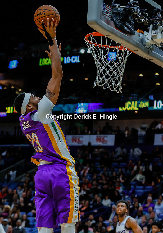 Jan 30, 2018; New Orleans, LA, USA; New Orleans Pelicans forward Anthony Davis (23) shoots against the Sacramento Kings during the fourth quarter at the Smoothie King Center. The Kings defeated the Pelicans 114-103. Mandatory Credit: Derick E. Hingle-USA TODAY Sports