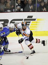 28.02.2010, Dom sportova, Zagreb, CRO, EBEL, KHL Medvescak Zagreb vs Graz 99ers, im Bild Letang Alan, Lange Harry. EXPA Pictures © 2010, PhotoCredit: EXPA/ PIXSELL / SPORTIDA PHOTO AGENCY