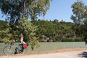 Radweg, Schloss Neuhaus an der Donau, Oberösterreich, Österreich | cycleway, Schloss Neuhaus an der Donau, Danube, Upper Austria, Austria