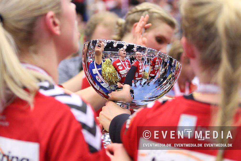 DM-finale i Primo Tours Ligaen mellem Team Esbjerg og FC Midtjylland i Blue Water Dokken, Esbjerg, 5.5.2016. (Allan Jensen/EVENTMEDIA).
