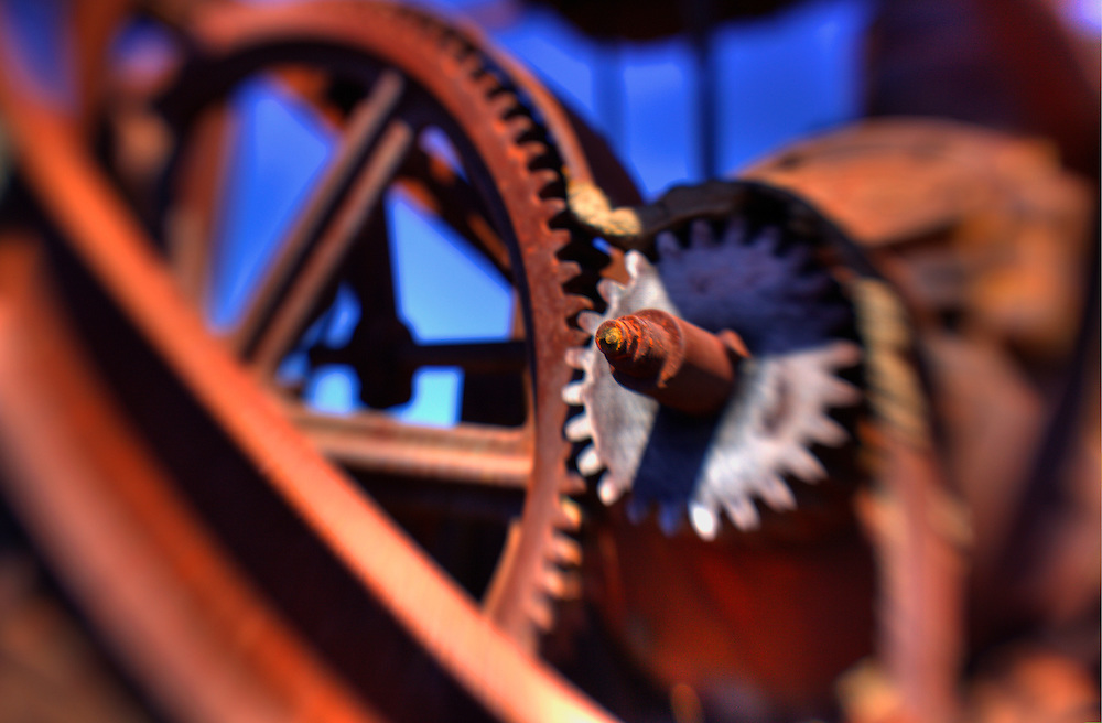Rusted Gears - Motor Transport Museum - Campo, CA - Lensbaby