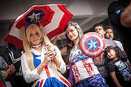 Cosplay en version femenina del Capitan America en la Convencion Avalancha de Venezuela que reune a otakus, cosplayers, fanaticos de la ciencia ficcion, comics, anime, mangas y juegos. Caracas, del 9 al 18 de agosto de 2013. (Foto / ivan Gonzalez)