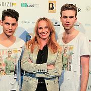 NLD/Amsterdam/20130318 - Modeshow Jan Boelo zomer 2013, Patty Zomer tussen de modellen