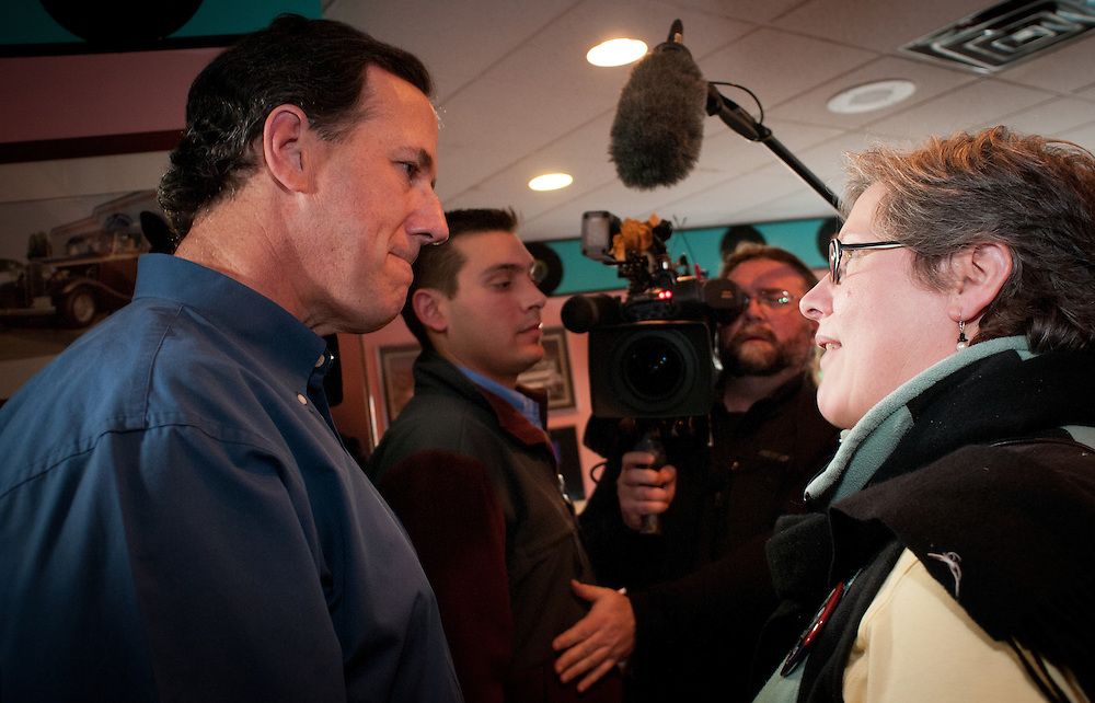 Presidential hopeful, Former Pennsylvania Senator Rick Santorum greets diners at the Tilt'n Diner as he campaigns in New Hampshire, fresh off his very strong showing in the iowa Caucus.