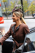 Koningin Maxima aanwezig bij Prix de Rome 2013. De Prix de Rome is de oudste en meest genereuze prijs voor jonge kunstenaars en architecten (tot 40 jaar) in Nederland. <br /> <br /> Queen Maxima attended Prix de Rome in 2013. The Prix de Rome is the oldest and most generous prize for young artists and architects (under 40 years) in the Netherlands.<br /> <br /> Op de foto / On the photo:  Aankomst Koningin Maxima / Arrival Queen Maxima