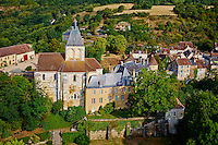 France, Indre (36), le Berry, vallée de la Creuse, Gargilesse-Dampierre, labellisé Les Plus Beaux Villages de France, le château et l'église romane Notre-Dame du XIIe siècle // France, Indre (36), Creuse valley, Gargilesse-Dampierre, The most beautiful villages of France, the castle and the Roman church of the XII century