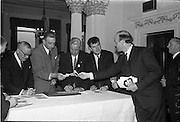 01/06/1964<br /> 06/01/1964<br /> 01 June 1964<br /> Language Organisations reception at the Shelbourne Hotel, Dublin for signing of declaration regarding the future of the Irish language. Among the leading personalities gathered to sign the National Declaration regarding the future of the Irish Language were Dr. Frederick Boland; Dr. T. Andrews, Chairman C.I.E.; Alderman Sean Moore T.D., Lord Mayor of Dublin; Brendan Bowyer (Royal Showband) and Domhall O'Morain (Chairman, Gael Linn).