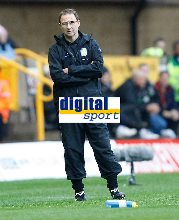 Photo: Steve Bond/Richard Lane Photography. Wolverhampton Wanderers v Aston Villa. Barclays Premiership 2009/10. 24/10/2009. Martin O'Neill looks on