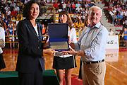 DESCRIZIONE : Schio Qualificazione Eurobasket Women 2009 Italia Bosnia <br /> GIOCATORE : Sandra Palombarini<br /> SQUADRA : Nazionale Italia Donne <br /> EVENTO : Raduno Collegiale Nazionale Femminile <br /> GARA : Italia Bosnia Italy Bosnia <br /> DATA : 06/09/2008 <br /> CATEGORIA : Premiazione <br /> SPORT : Pallacanestro <br /> AUTORE : Agenzia Ciamillo-Castoria/S.Silvestri <br /> Galleria : Fip Nazionali 2008 <br /> Fotonotizia : Schio Qualificazione Eurobasket Women 2009 Italia Bosnia <br /> Predefinita :