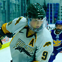 4th year forward Emma Waldenberger (9) of the Regina Cougars in action during the Women's Hockey Home Game on October 21 at Co-operators Arena. Credit Matt Johnson/©Arthur Images 2017
