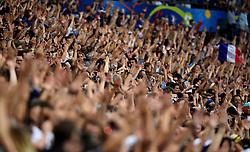 France fans perform the Iceland Thunderclap  - Mandatory by-line: Joe Meredith/JMP - 10/07/2016 - FOOTBALL - Stade de France - Saint-Denis, France - Portugal v France - UEFA European Championship Final