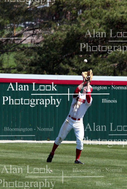 18 April 2010: Chad Hinshaw lines up under a fly ball.  Southern Illinois Salukis and the Illinois State Redbirds face off on Duffy Bass Field on the campus of Illinois State University in Normal Illinois.