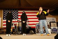 arijjan kuweit<br /> <br /> uso show 2006 daryl worley<br /> dallas cowboy cheerleaders<br /> Sherythia Willie (mulatto)<br /> Laura Beke (caucasian) Al Franken, USO tour