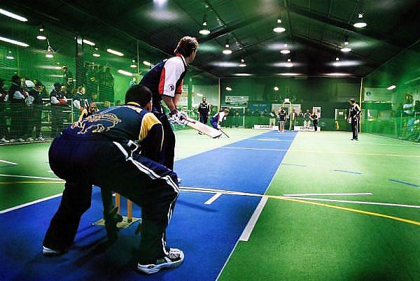 England (batting) vs Sri Lanka.<br /> 2003 Indoor Cricket World Masters Championships, Christchurch, New Zealand